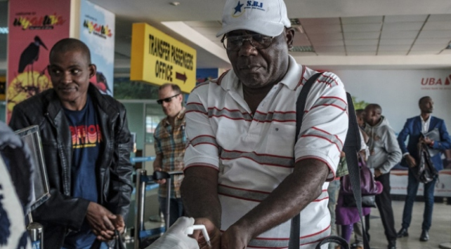Ugandada toplu ulaşıma koronavirüs engeli