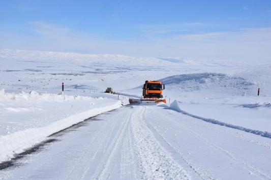 """""""Kar kaplanları"""" Muşta 3 ayda kilometrelerce yol kardan temizlendi"""