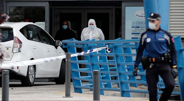 İspanyada bir günde 655 kişi hayatını kaybetti