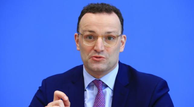 Almanya Sağlık Bakanı: Fırtına öncesi sessizlik dönemindeyiz