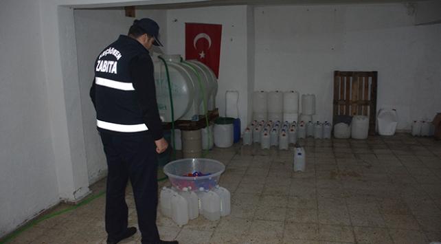 Ankarada 3 ton kaçak dezenfektan ele geçirildi