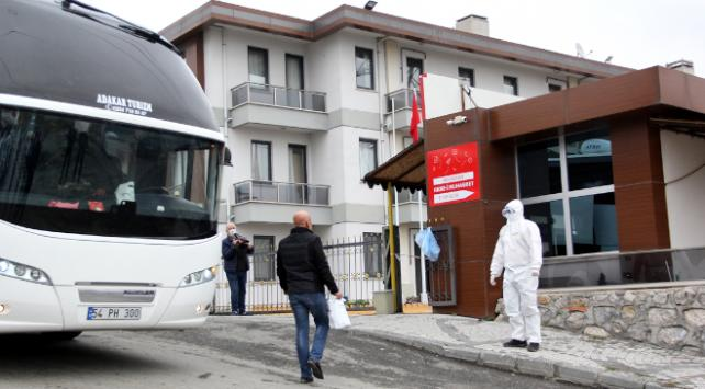 Ukrayna ve Özbekistandan gelenler yurtlara yerleştirildi