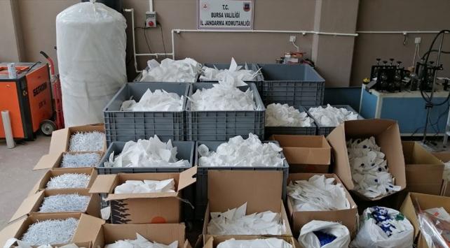 Bursada 10 bin kaçak maskeye el konuldu