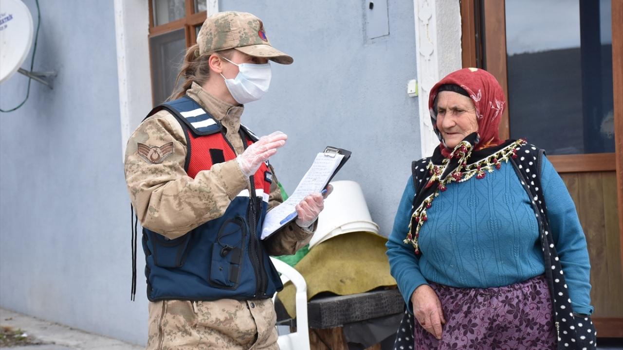 Vefa ekibi köylerde de vatandaşın yüzünü güldürüyor