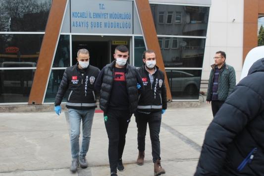 Kocaelide iş yerini kurşunladıkları iddiasıyla 2 şüpheli tutuklandı