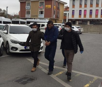 Kocaelide bir kadının çantasını gasbeden zanlı tutuklandı