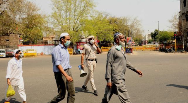 Hindistanda bir vaka yüzünden 40 bin kişi karantinaya alındı