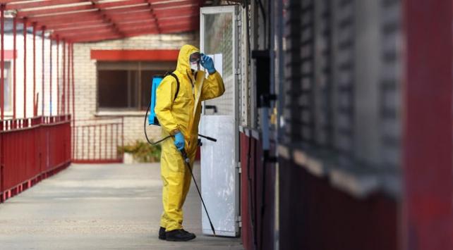 İspanyada kimse koronavirüs gerekçesiyle işten çıkarılmayacak