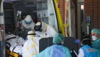 İspanya'da 1 günde 832 kişi koronavirüsten hayatını kaybetti