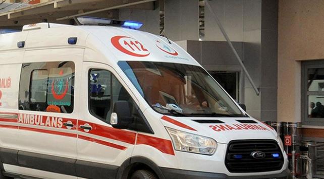 Antalyada kamyon devrildi: 1 ölü, 1 yaralı