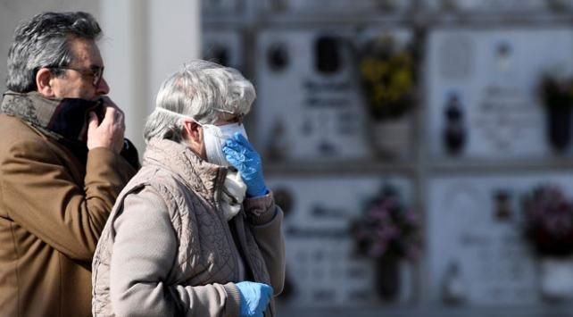 İtalyada ölü sayısı 10 bini geçti