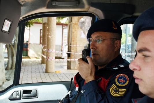 Antalyada jandarma ekiplerinden 6 dilde koronavirüs uyarısı