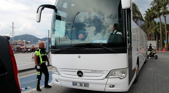 İzin belgesiz şehirler arası taşımacılık yapan şoföre ceza