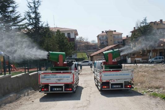 Ankara Büyükşehir Belediyesi kent genelinde detaylı ilaçlama yaptı