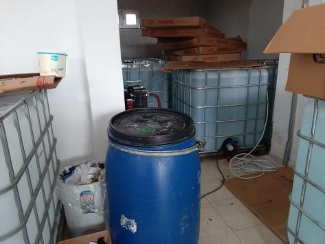 Fırında kaçak üretilen 25 ton dezenfektan ele geçirildi