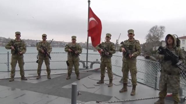 Mehmetçik'ten vatandaşa 'evde kal' çağrısı