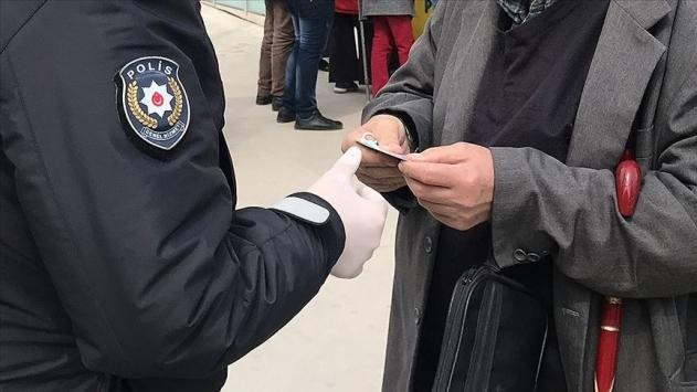 Kastamonuda tedbirlere uymayan 21 kişiye para cezası