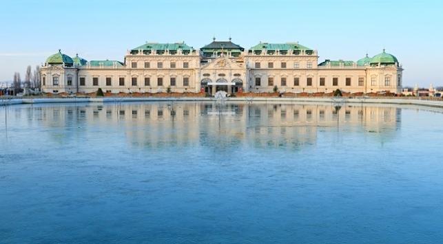 Viyana Belvedere Müzesi bir tık ötede