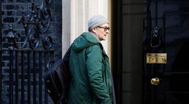 Johnsonun danışmanının da karantinaya alındığı iddia edildi