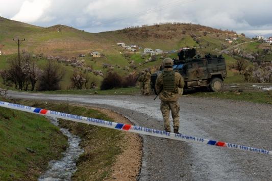 Tuncelide bir köy Kovid-19 nedeniyle karantina altına alındı