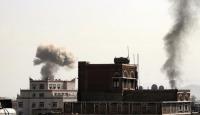 Suudi Arabistan öncülüğündeki koalisyondan Sana'ya yoğun hava saldırısı