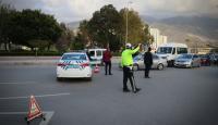 Hatay'da bazı caddeler araç ulaşımına kapatıldı