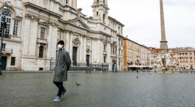 İtalyada hayatını kaybedenlerin sayısı 11 bini geçti