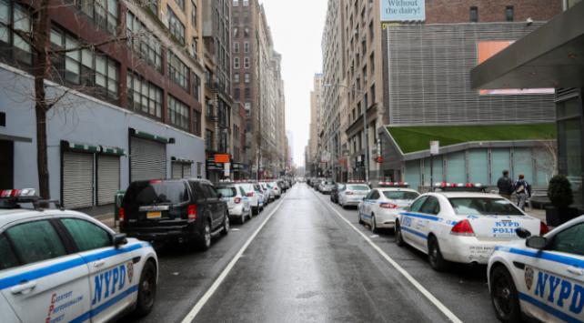 New Yorkta koronavirüsten can kaybı bini aştı