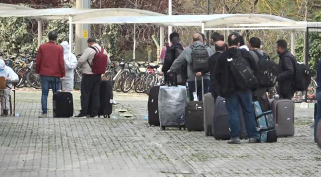 Yurt dışından gelenler Bursada yurda yerleştirildi