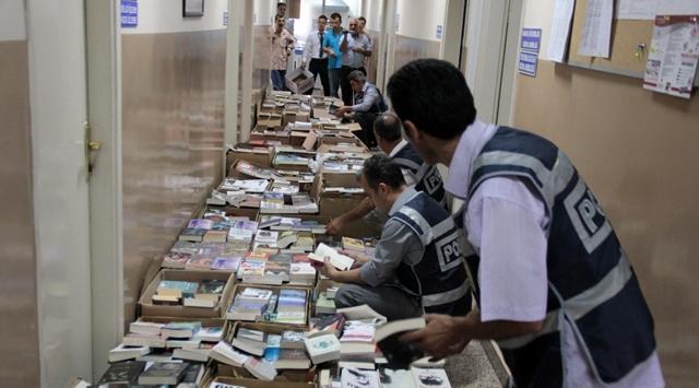 İstanbulda korsan kitap baskını