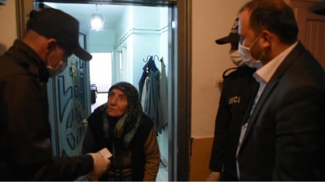 3 şehit annesi maaşını Milli Dayanışma Kampanyasına bağışladı