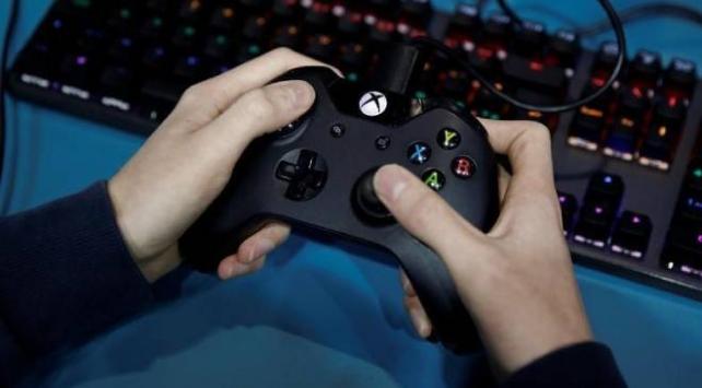 Koronavirüs online TV, oyun ve sosyal medyada yükseliş dönemi başlattı