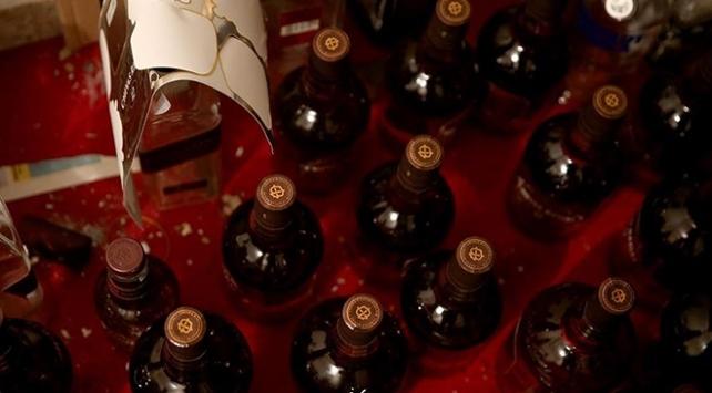 İranda sahte içkiden ölenlerin sayısı 320ye çıktı