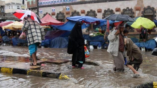Yemende sel felaketi 4 bin 625 aileyi yerinden etti