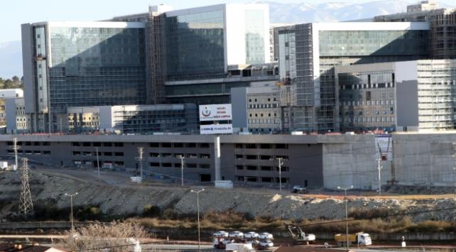 Şehir Hastanesi Tramvay Hattının yapımını Bakanlık üstlendi