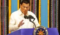 Filipinler Devlet Başkanı koronavirüs önlemlerine uymayanları tehdit etti