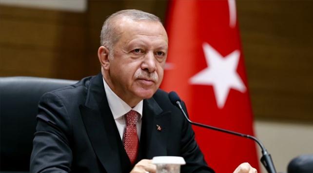 Cumhurbaşkanı Erdoğan: Koronavirüsle mücadeleyi örnek bir sınav vererek atlatacağız