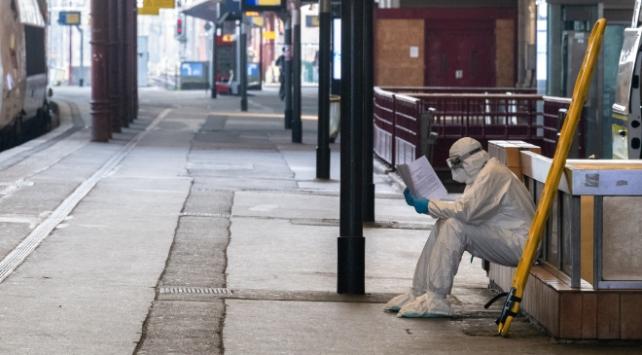 Fransada koronavirüsten ölenlerin sayısı 6 bini aştı
