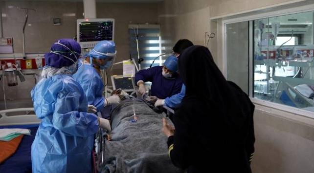 İranda 106 yaşındaki COVID-19 hastası iyileşti