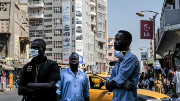 Afrikada koronavirüsten ölenlerin sayısı 300ü geçti