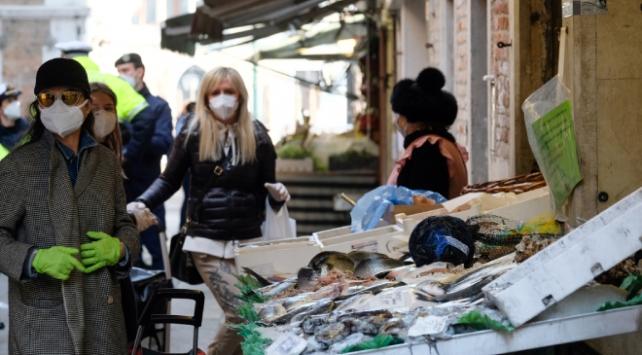 İtalyada koronavirüsten ölenlerin sayısı 15 bini geçti