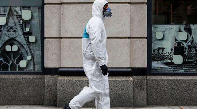 New Yorktaki koronavirüs bilançosu ağırlaşıyor