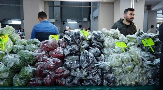 Ankarada 5 semt pazarı kapatıldı