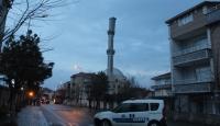 Tekirdağ'da şiddetli rüzgar cami minaresine zarar verdi