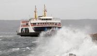Çanakkale Boğazı'nda deniz ulaşımına fırtına engeli