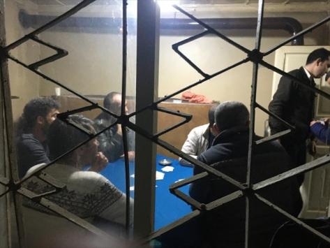 Manisada kumar oynayan ve piknik yapan 20 kişiye ceza