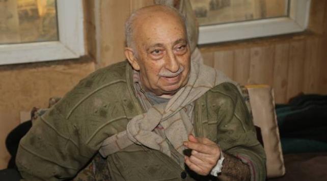 Kibar konuşmasıyla tanınan Burhan amca hastaneye kaldırıldı