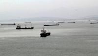 Fırtınada kalan yük gemileri Sinop Limanı'na demirledi