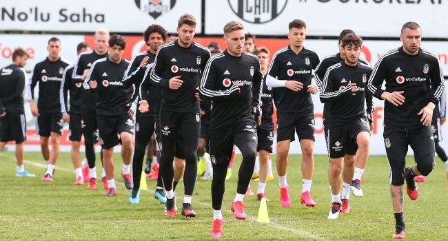 """Beşiktaştan """"kiralık oyuncu"""" kararı"""