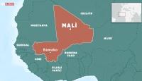 Mali'de askeri kampa saldırı: 22 ölü